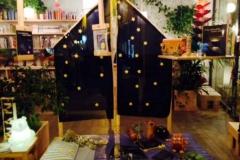 Febbraio 2014. Suggestivo spettacolo con lettura musicata e commento presso la Libreria Radice e Labirinto di Carpi.